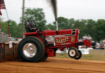 Tractor Pull at the Kandiyohi County Fair
